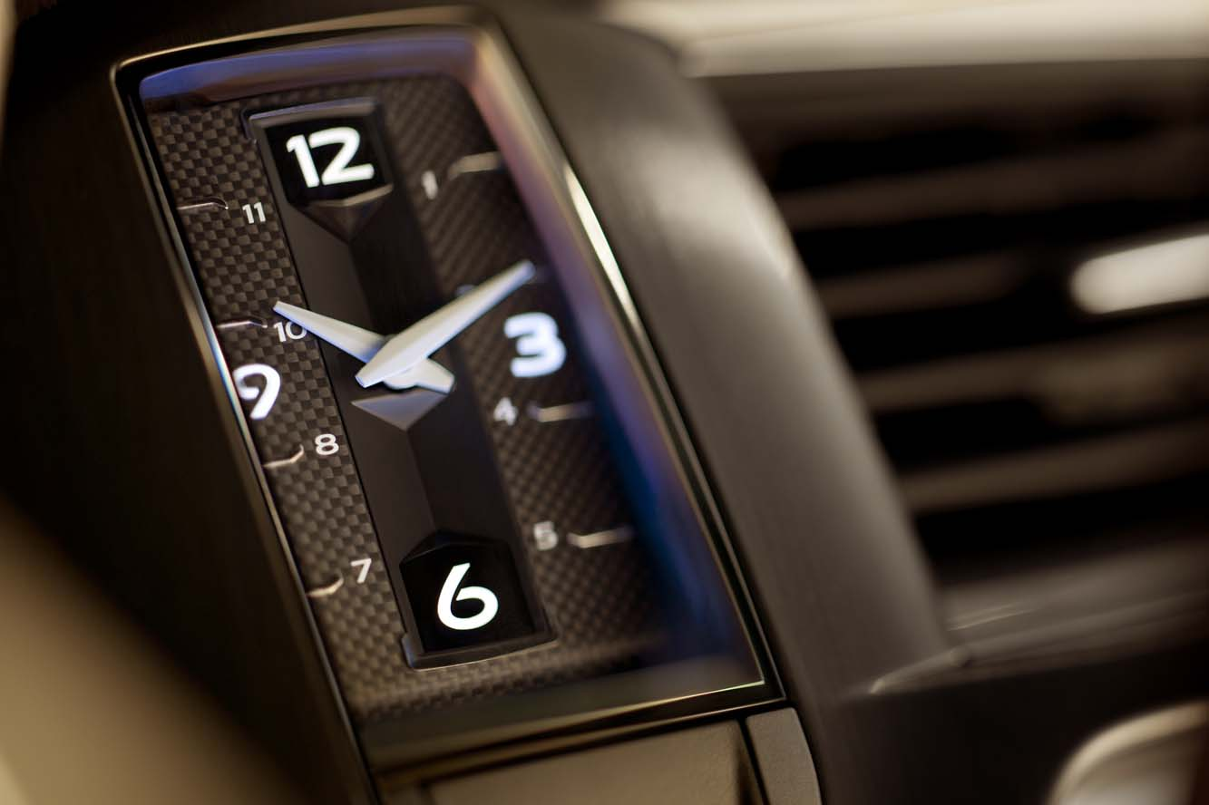 2011-citroen-ds5-concorde-interieur-01