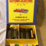 Citroën DS Rennbahn Set von Automic Toys / St. Hubert 92