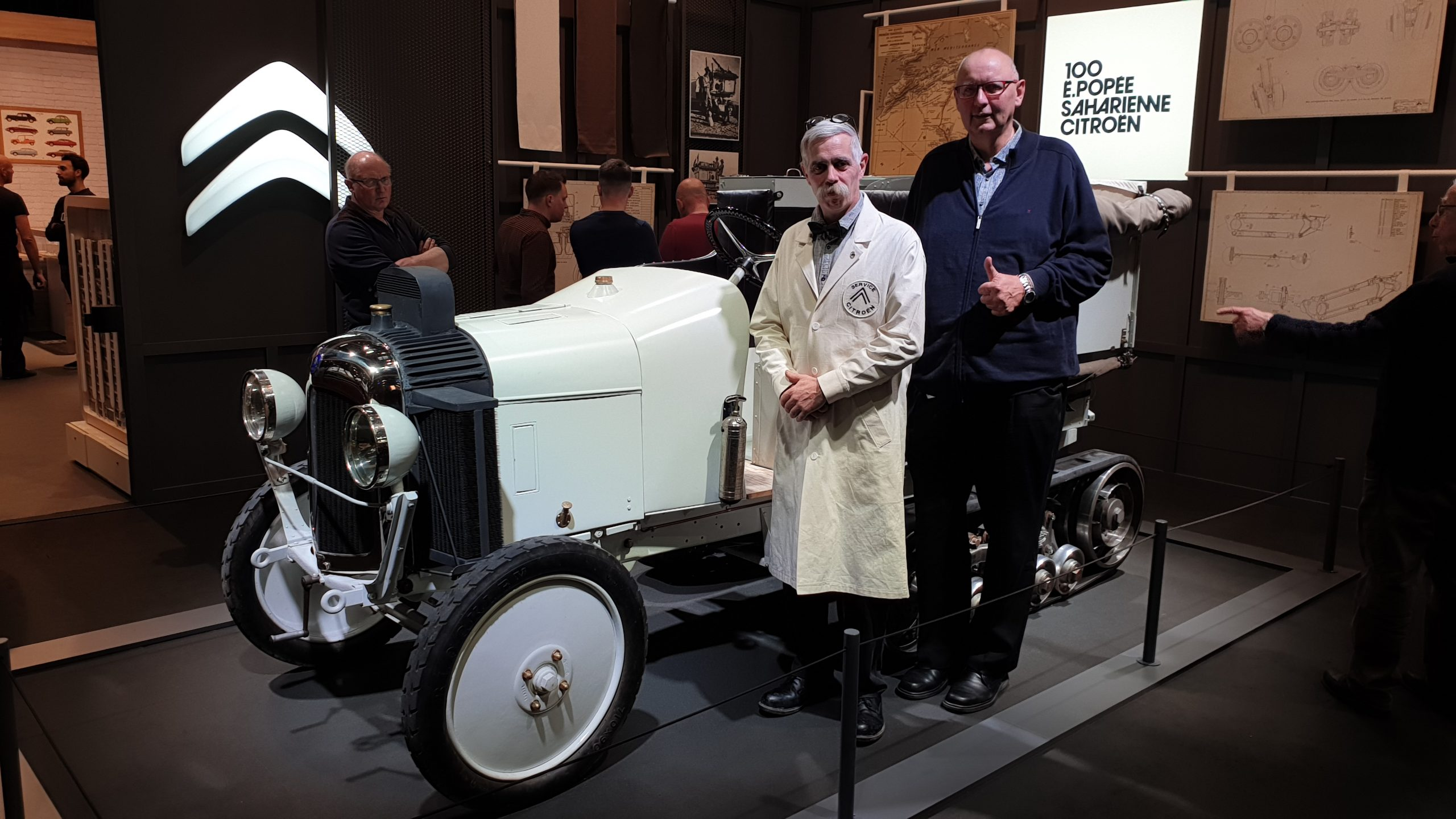 Scarabée d'Or @ Retromobile 2020, Jürgen Book (rechts)