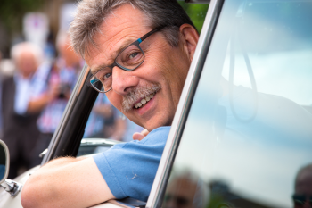 Ulrich Klauke, am Steuer seiner 'Göttin' unterwegs auf der Tour de Düsseldorf 2015; Photo (C) Ingo Herminghaus.